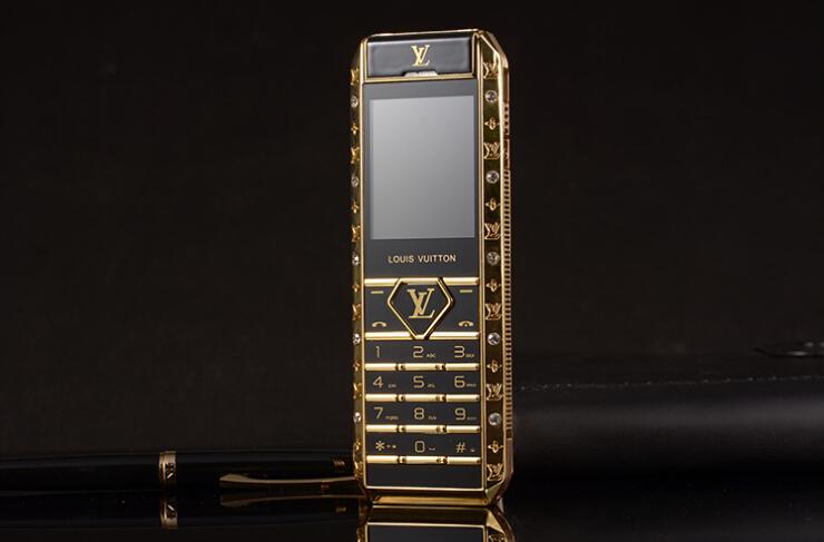 Dien thoai Louis Vuitton Lv V12 sang trong lich lam