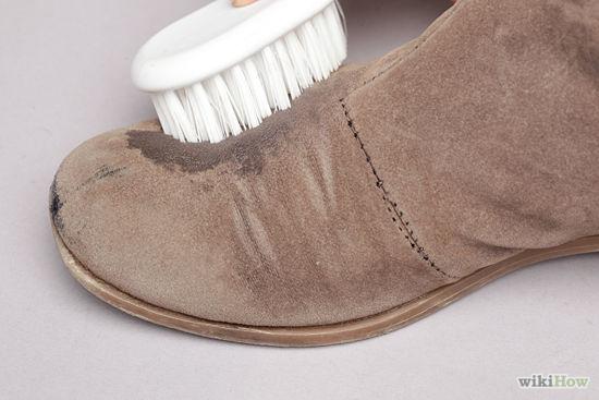 cách làm sạch giày da lộn 4