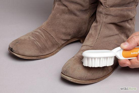 cách làm sạch giày da lộn 5