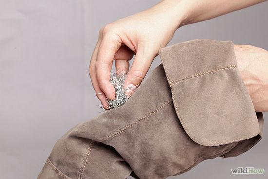 cách làm sạch giày da lộn 9