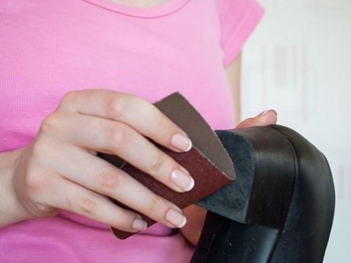 Bí Quyết Đi Giày Cao Gót Không Bị Trợt Té