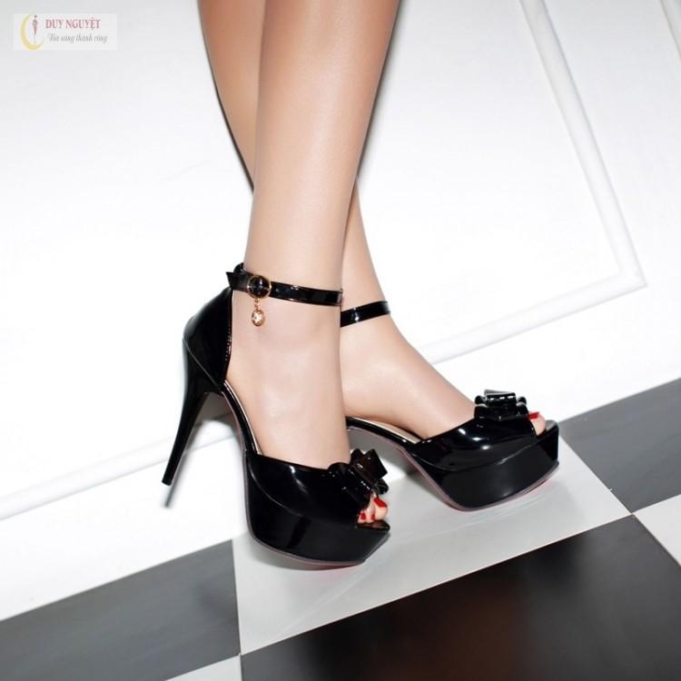 những đôi giày cao gót dễ thương nhất