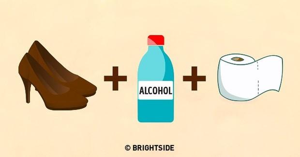 Dùng giấy + rượu