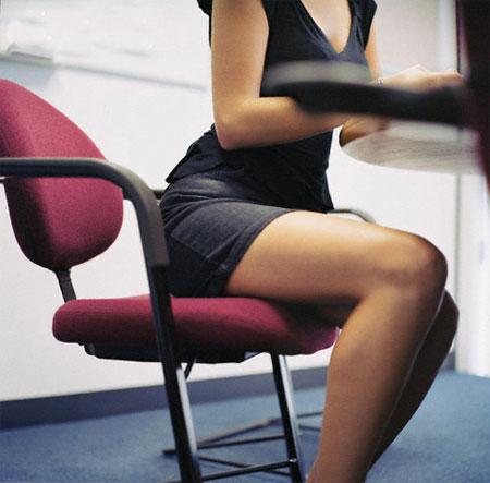 những mẫu thời trang công sở nên tránh 3