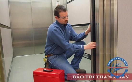 chi phsi bảo trì thang máy