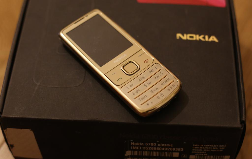 Chuyên Bán Nokia 6700 fullbox chính hãng ở TP.HCM