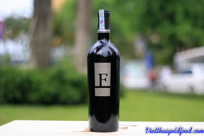 rượu vang F