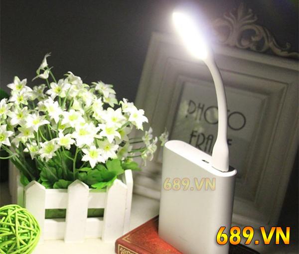 Đèn LED Cắm Cổng Usb Pin Sạc Dự Phòng