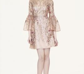 Thiết kế Marchesa cuốn hút bởi vẻ yêu kiều