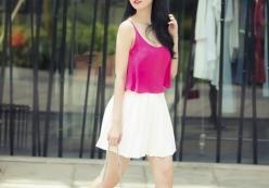 Cùng xem sao Việt lựa chọn trang phục như thế nào trong ngày nóng