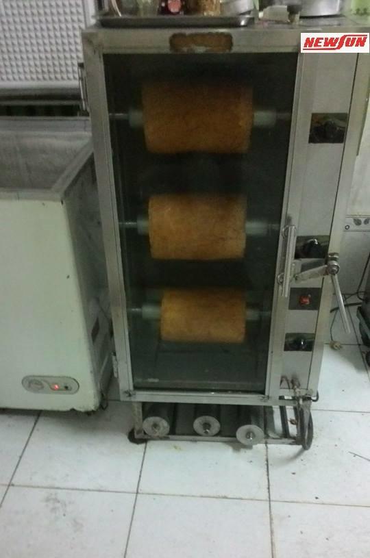 máy nướng chả quế dạng tủ đứng