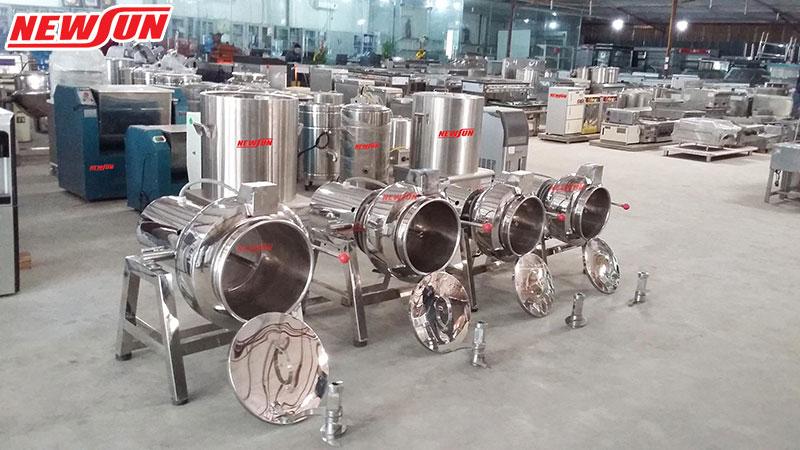 xưởng sản xuất máy xay giò chả NEWSUN
