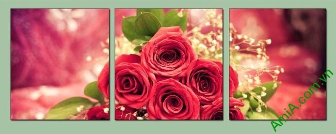 Mẫu tranh hoa hồng thiết kế ghép bộ 3 tấm hiện đại trang trí cho phòng ngủ vợ chồng thêm ấm nồng yêu thương