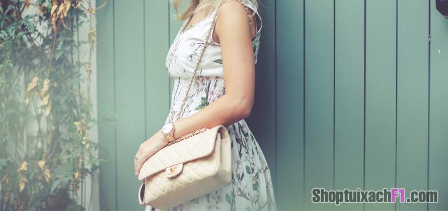 Túi xách Chanel Maxi 2.55