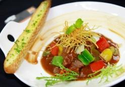 Học nấu ăn các món Âu