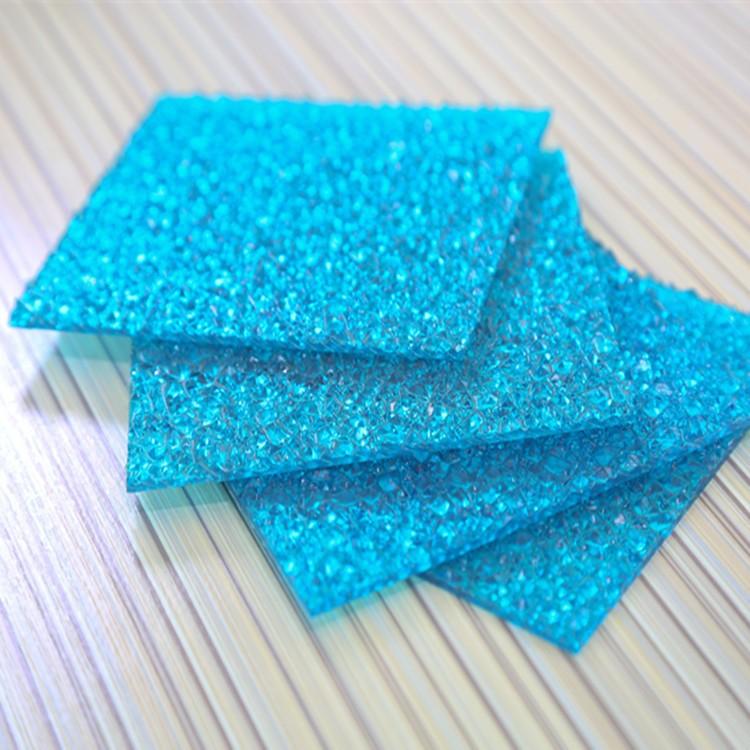 mẫu tấm lợp polycarbonate mặt sần