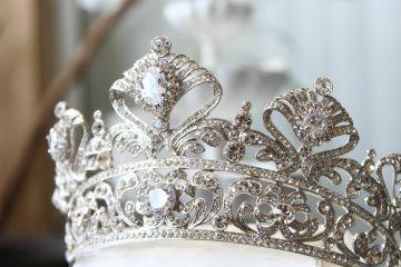 Tổng hợp những vương miện cô dâu đẹp nhất