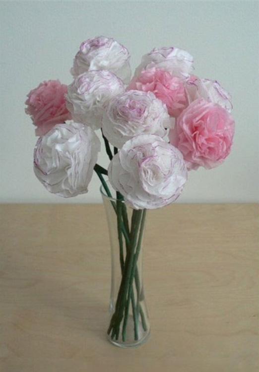 Những bông hoa cẩm chướng nhiều màu sắc làm từ giấy lụa cao cấp