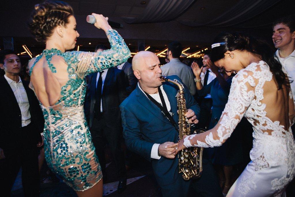 Những điệu nhạc giúp khách của gia đình được hòa mình vào đám cưới của bạn