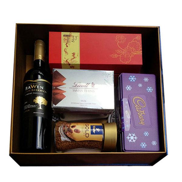 Sản xuất hộp đựng quà tết theo yêu cầu