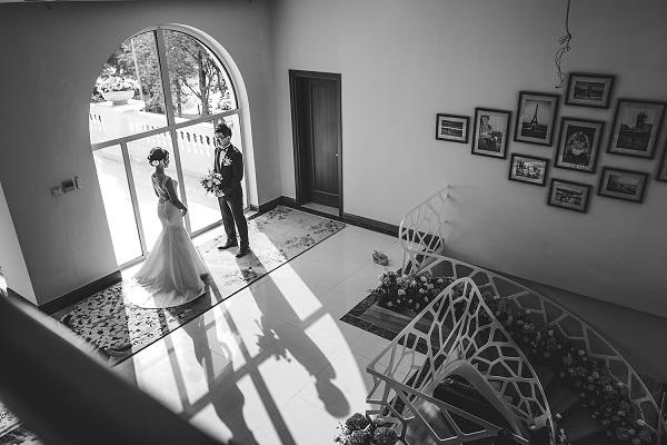 ảnh phóng sự cưới đen trắng