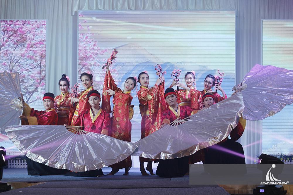 cung cấp vũ đoàn nhóm nhảy chuyên nghiệp 8