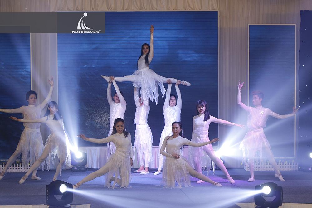 cung cấp vũ đoàn nhóm nhảy chuyên nghiệp 4