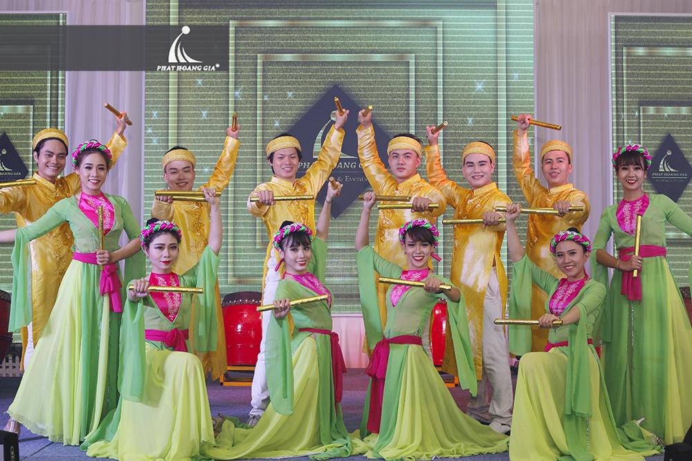 cung cấp vũ đoàn nhóm nhảy chuyên nghiệp 1