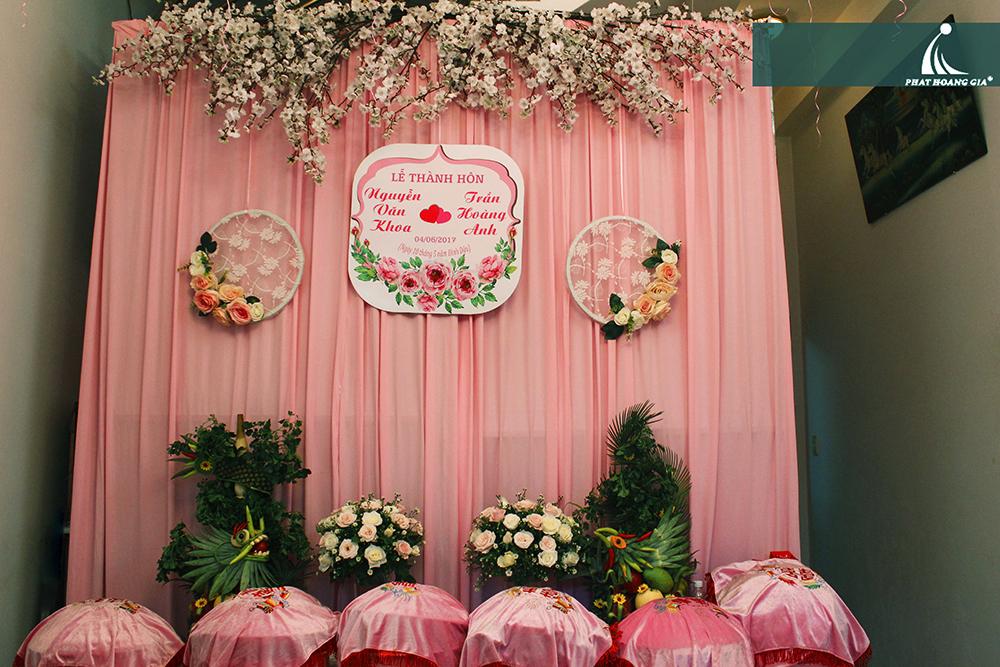 trang trí lễ gia tiên tông hồng 5