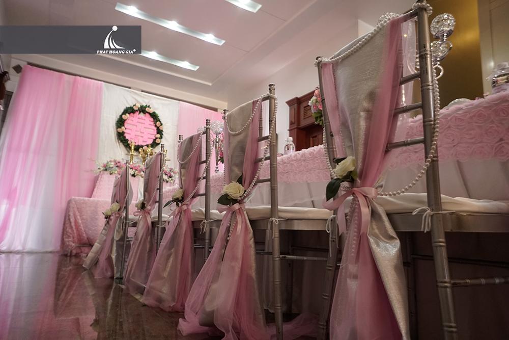 trang trí lễ gia tiên tone hồng 10