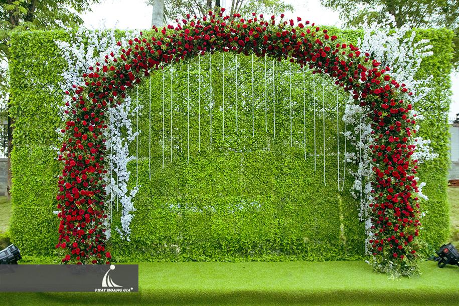 trang trí cưới ngoài trời trọn gói 3