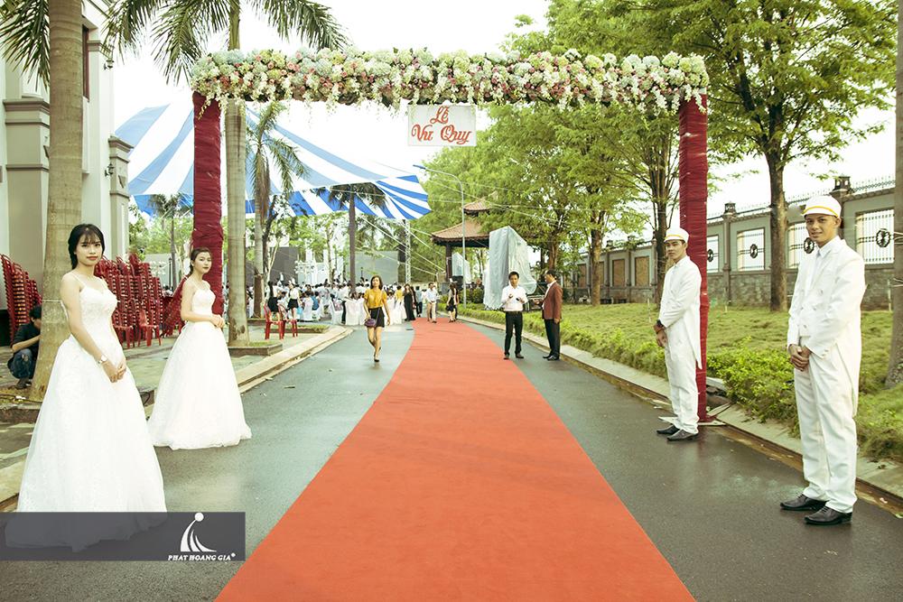 trang trí cưới ngoài trời trọn gói 7