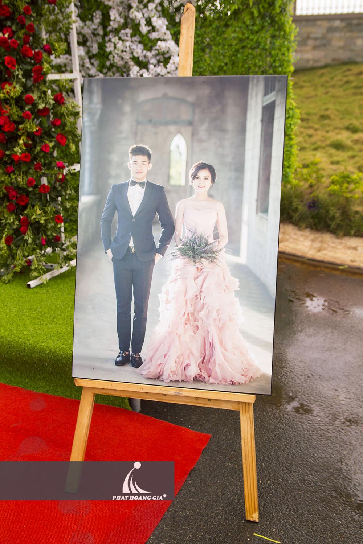 tổ chức tiệc cưới ngoài trời trọn gói 38