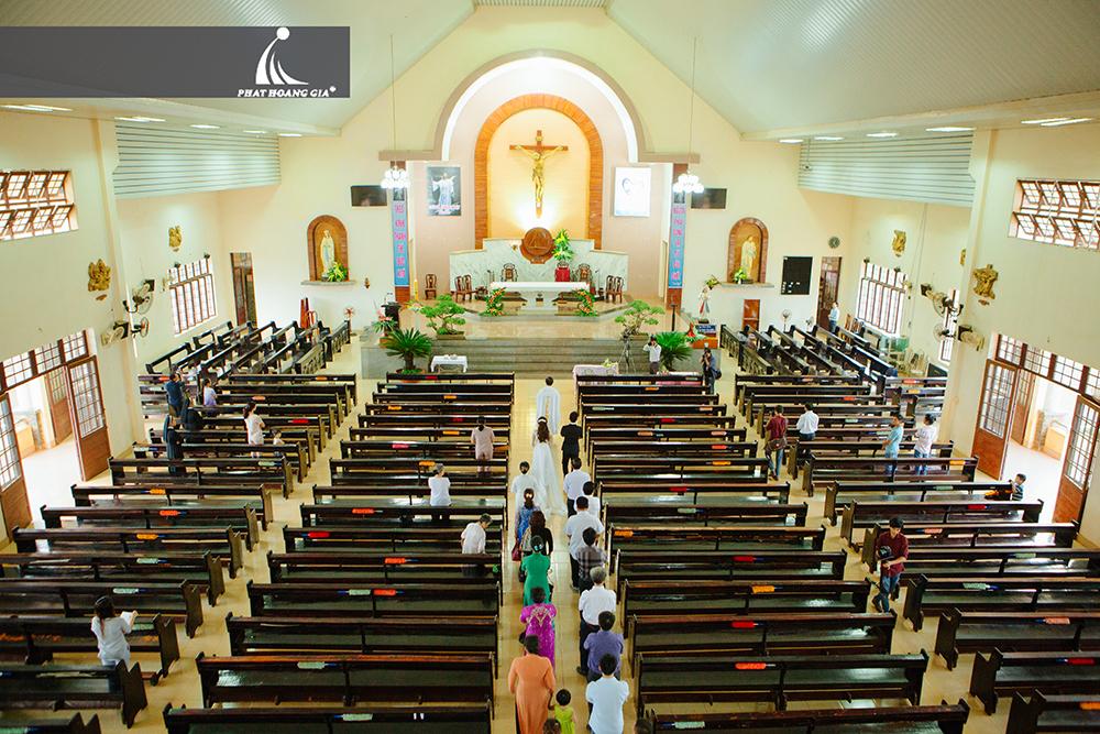 trang trí cưới tại nhà thờ 1
