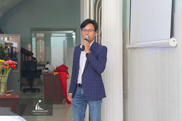 khai trương Công ty TNHH thép Việt Nhung 4