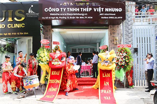 khai trương Công ty TNHH thép Việt Nhung 9