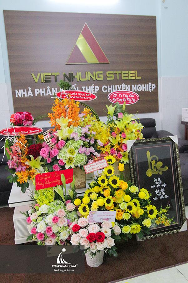 khai trương Công ty TNHH thép Việt Nhung 10