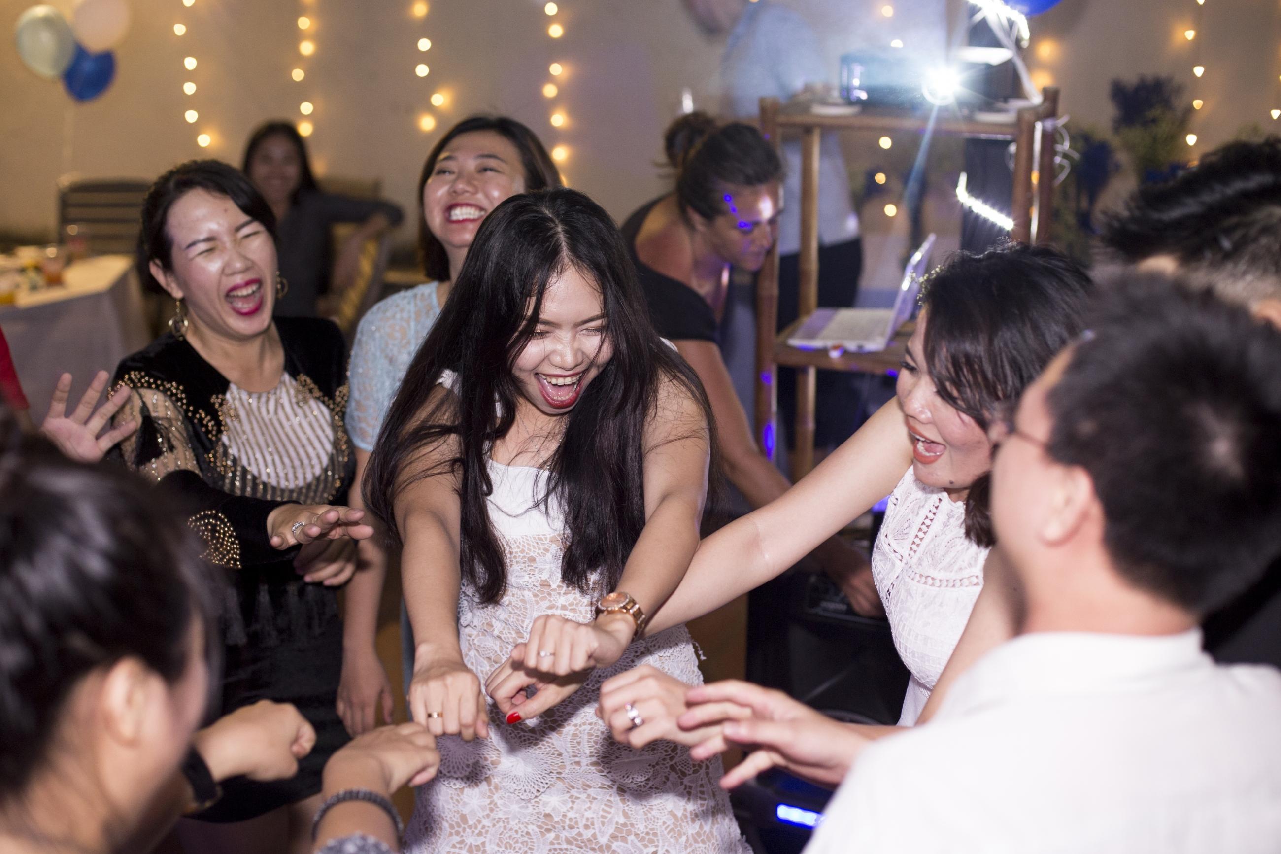 tiệc độc thân
