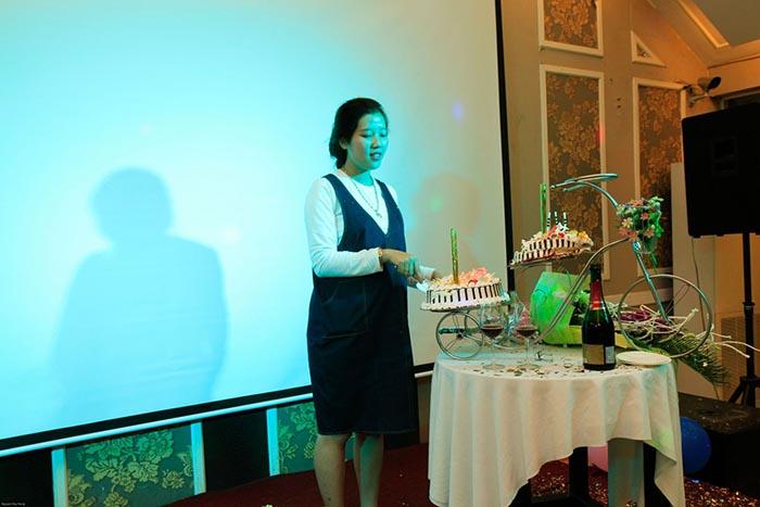 Kỉ niệm sinh nhật 6 năm