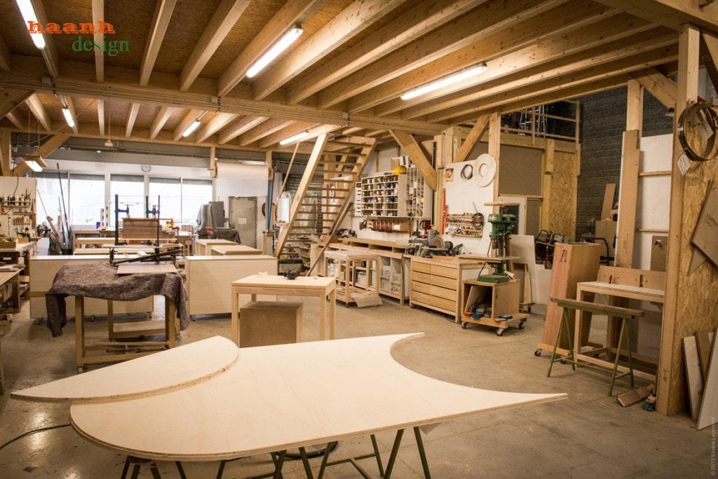 Xưởng sản xuất đồ gỗ nội thất, gia công các sản phâm đồ gỗ nội thất và ngoài thất