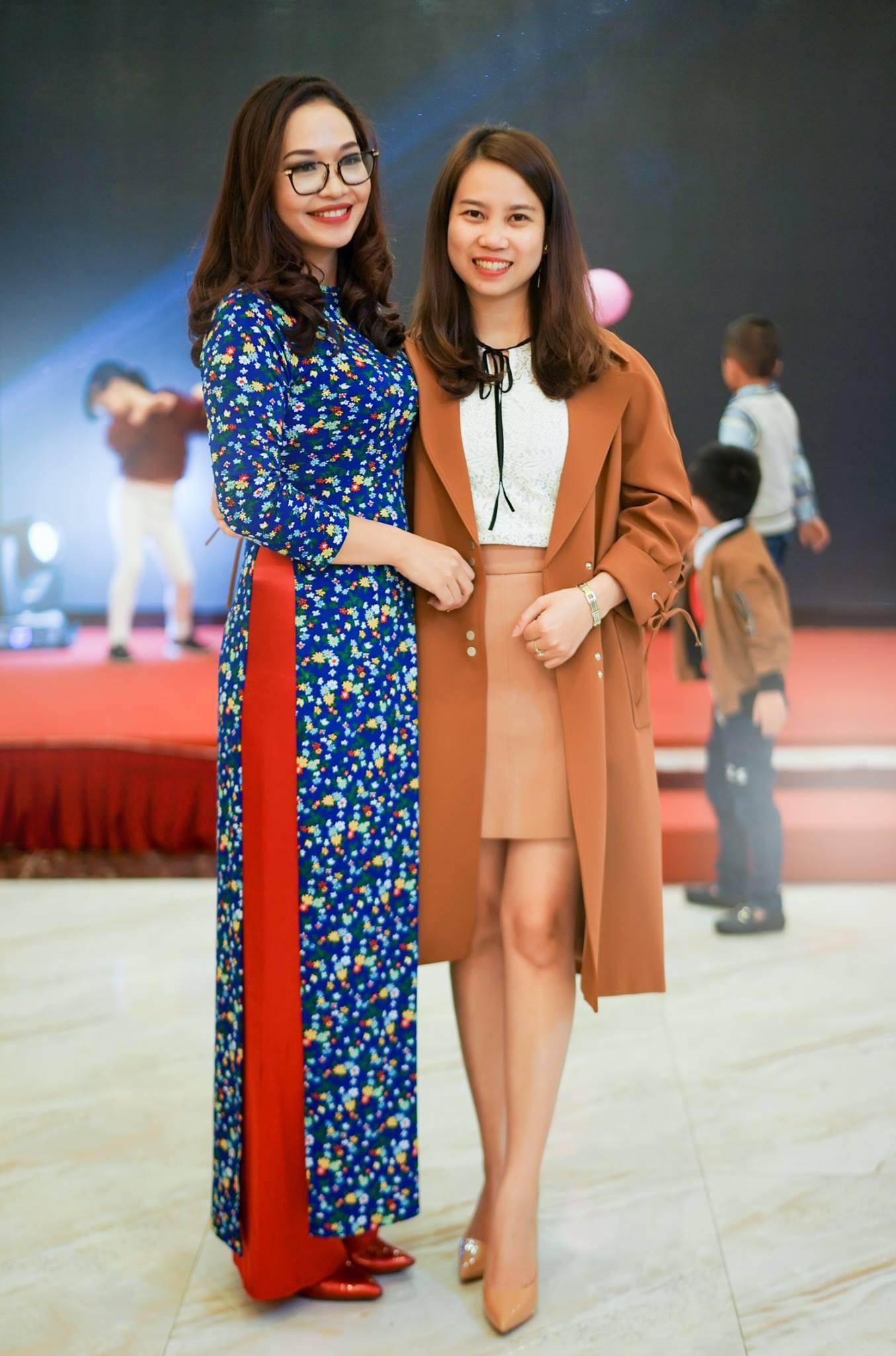 Cô Hà Huyền- Huyền Ngọc cán bộ quản lý.