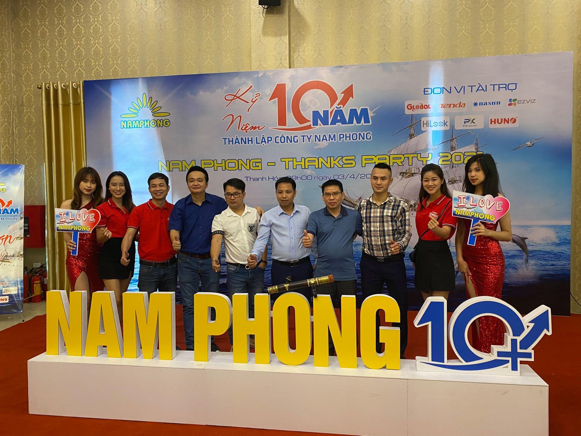 Hình ảnh các ông lớn của ngàng CCTV - các NPP thân thiết của Global từ các khu vực cùng tham gia buổi lễ chúc mừng Nam Phong